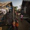 من الأرشيف: أطفال يلهون في مخيم للنازحين بسبب العنف في ميانمار، في مخيم يقع في راخين كانون الثاني-يناير 2019