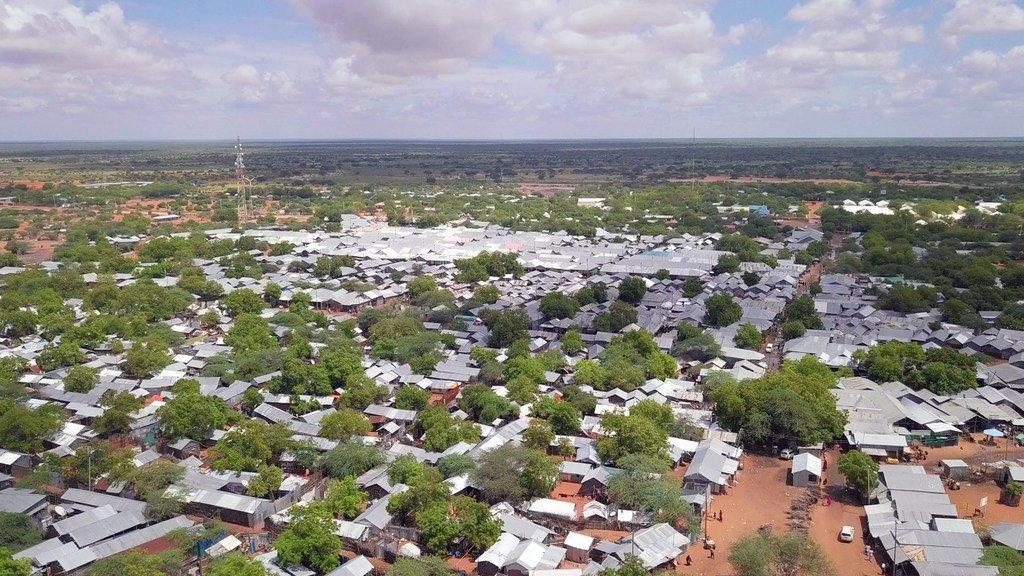 Kambi ya wakimbizi ya Dadaab kaskazini mwa Kenya ina idadi ya wakimbizi zaidi ya 200,000 na wanaotafuta hifadhi.