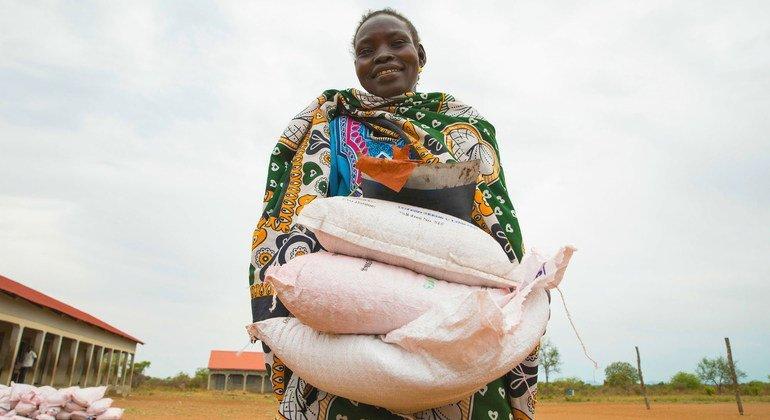 粮农组织:创新方案有助于应对新冠大流行造成的食品供应链中断