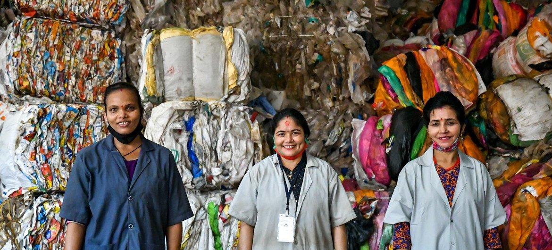 भारत के 40 लाख सफ़ाई साथी देश की कचरा प्रबन्धन प्रणाली की रीढ़ हैं.