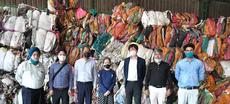 गोवा सुविधा केन्द्र की शुरुआत पर जापान सरकार, गोवा के पंजिम शहर के कॉरपोरेशन, एचडीएफ़सी बैंक और भारत में यूएनडीपी की प्रतिनिधि, शोको नाडा.