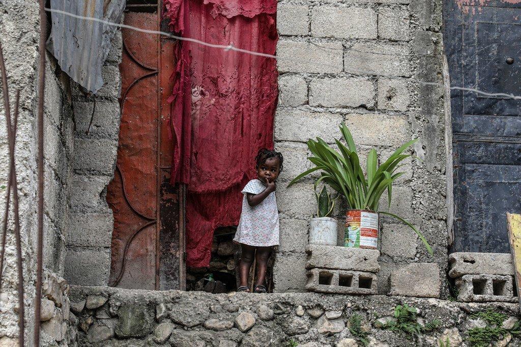 Près d'un tiers de tous les enfants en Haïti ont un besoin urgent de secours d'urgence