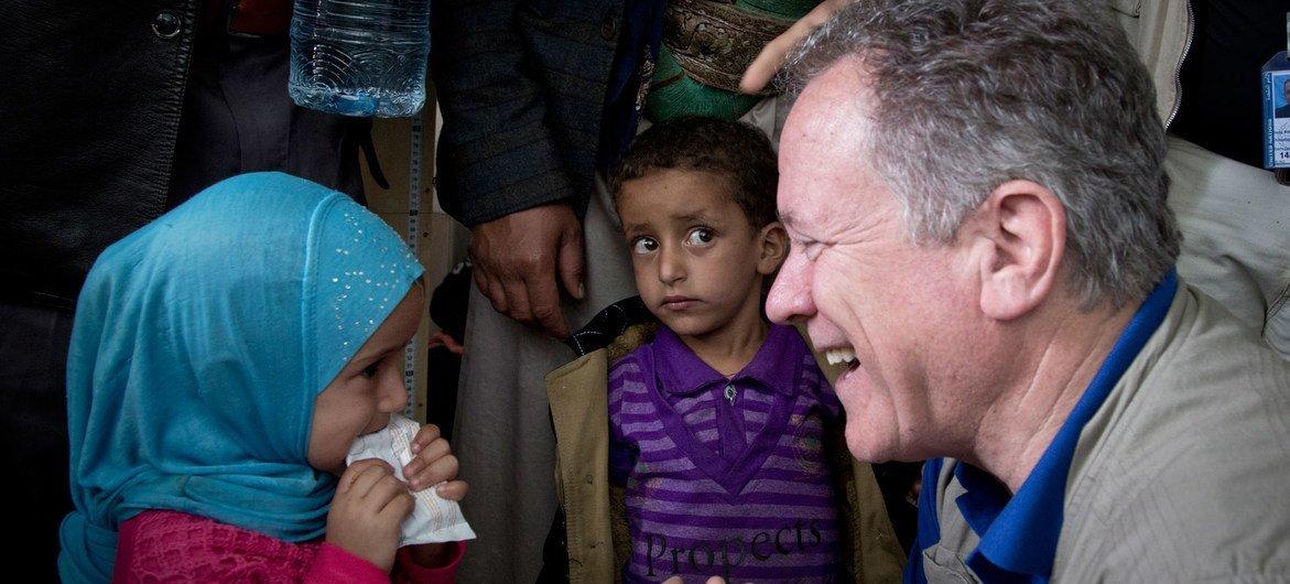 David Beasley durante uma outra visita ao Iêmen em 2017
