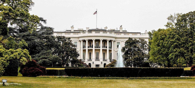 Edificio de la Casa Blanca en Washington, residencia del presidente de los Estados Unidos próxima a donde una muchedumbre asalto el Capitolio.