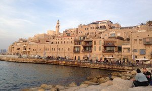 مدينة يافا على البحر المتوسط، من المدن العربية-اليهودية المختلطة.