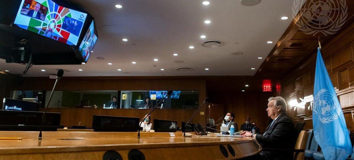 Le Secrétaire général de l'ONU, António Guterres, participe à la commémoration virtuelle de la première séance de l'Assemblée générale des Nations Unies en 1946.