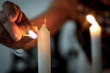 A ONU lembra que toda pessoa tem o direito de praticar sua religião de forma livre e segura