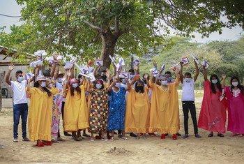 Estudiantes indígenas beneficiarios de la Fundación El Origen en La Guajira, Colombia