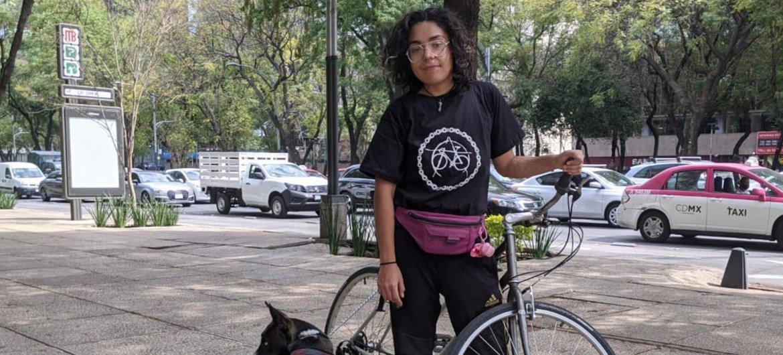 Xochitl Álvarez es una repartidora mexicana que utiliza la bicicleta como medio de transporte y subsistencia.