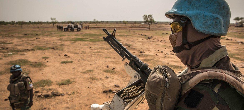 Защищая население Мали, миротворцы ООН подвергают себя смертельной опасности.