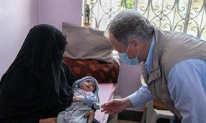 粮食计划署执行主任比斯利访问了也门的一家妇幼医院。