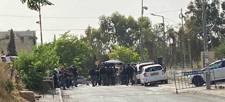 A polícia israelense se reúne no bairro de Sheikh Jarrah, em Jerusalém Oriental, onde os palestinos estão sob ameaça de despejo