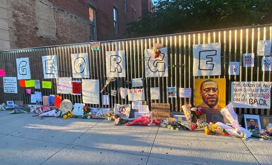 Memorial em honra de George Floyd, no Harlem, Nova Iorque. A morte do americano deu início à onda de protestos nos EUA.