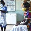 OMS  recomenda que se distribuam vacinas para trabalhadores de saúde e outras pessoas mais vulneráveis
