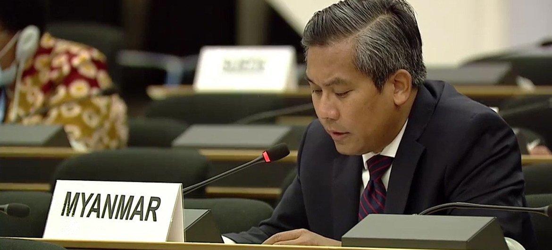 缅甸常驻联合国日内瓦办事处代表觉莫吞(Kyaw Moe Tun)在人权理事会第44次会议上参加有关罗兴亚人人权问题的讨论。