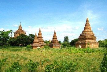 म्याँमार में बगान यूनेस्को विश्व धरोहर स्थल है.
