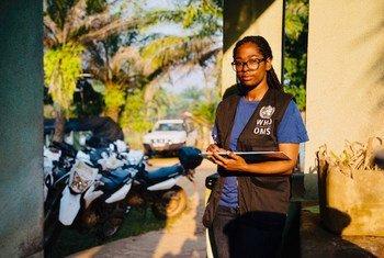 世界卫生组织流行病学家玛丽·罗斯琳·达尼卡·贝利泽尔(Marie-Roseline Darnycka Bélizaire)在刚果民主共和国的工作照。