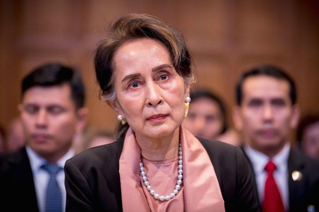 缅甸国务资政昂山素季今天出席国际法院针对缅甸军方的罪行举行的首次听证会,并为缅甸军方进行辩护。