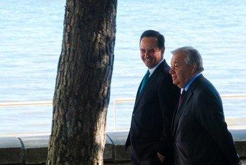 António Guterres com Fernando Medina no Parque das Nações