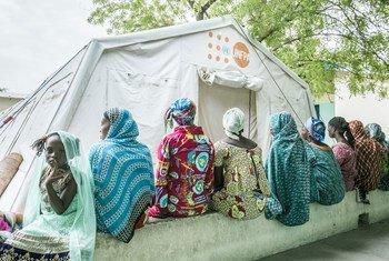 कोविड-19 महामारी के कारण, दुनिया भर में लगभग एक करोड़ 20 लाख महिलाओं को, परिवार नियोजन सेवाओं में व्यवधान का सामना करना पड़ा है.