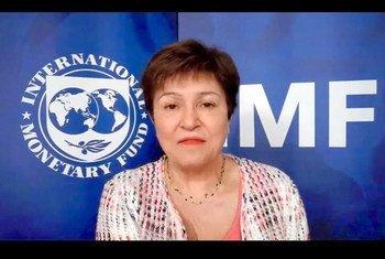 كريستالينا جورجييفا رئيسة صندوق النقد الدولي تتحدث عبر الفيديو مع أعضاء غرفة التجارة الأمريكية.