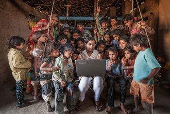 La connectivité numérique, dans des pays comme l'Inde, est indispensable pour surmonter la pandemie de Covid-19 et pour un redressement durable et inclusif.