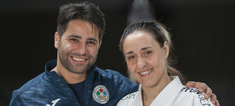 桑达与丈夫兼教练法迪在一起。