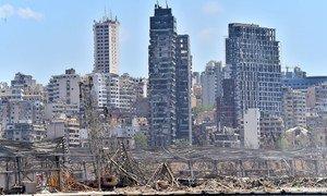 8月4日黎巴嫩贝鲁特发生大爆炸后的港口景象。