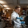 Los ensayos de una vacuna contra el coronavirus se encuentran en una fase avanzada en el Instituto Jenner de la Universidad de Oxford.