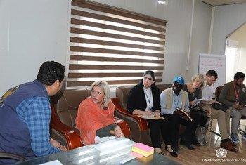 La representante especial de la ONU para Iraq, Jeanine Hennis-Plasschert, mantiene conversaciones con distintos sectores de la sociedad iraquí.