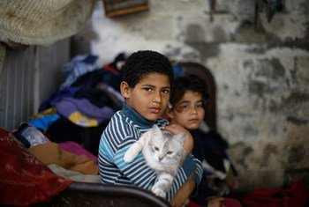 Ibrahim de 10 años en un refugio en la Franja de Gaza, territorio palestino.