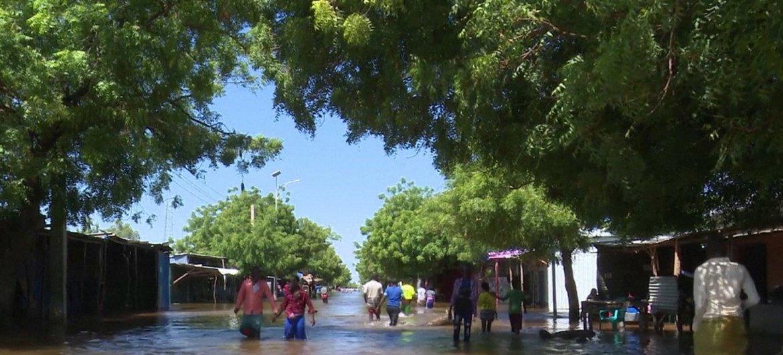 Cheias na Somália arrasaram partes do país, como o distrito Belet Weyne, no estado de Hirshabelle