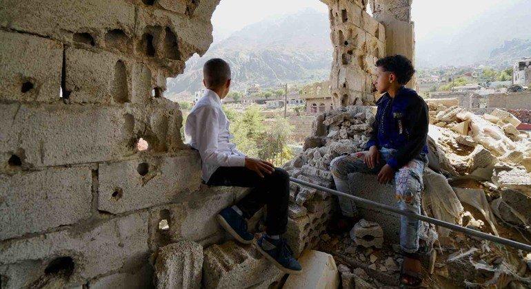 В числе самых опасных для детей стран – Афганистан, Сирия и Йемен. На фото:Таиз, Йемен.