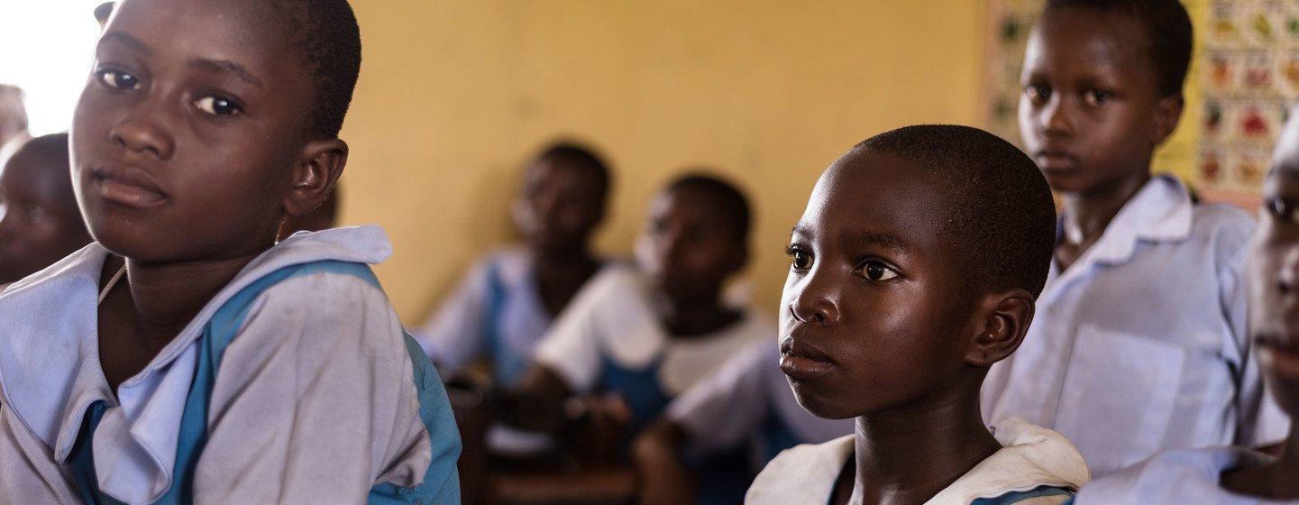 Des écoliers de l'école primaire d'Urie, dans l'État du Delta, au Nigéria.
