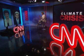 美国总统气候问题特使约翰·克里与国际国币基金组织总裁克里斯塔利娜 • 格奥尔基耶娃在国际货币基金组织和世界银行2021年春季会议期间就气候行动展开对话。