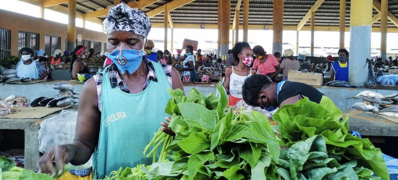 3 bilhões no mundo não consegue comprar alimentos saudáveis
