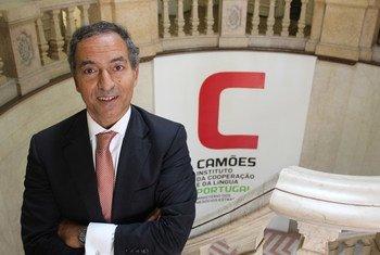 João Ribeiro de Almeida é presidente do Instituto Camões – da Cooperação e da Língua