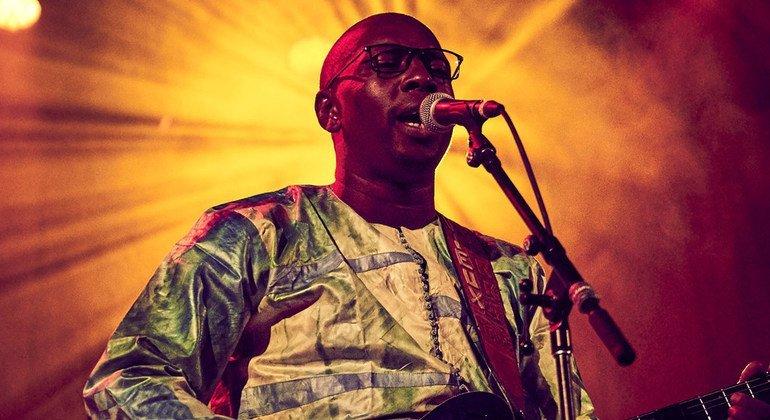 Mwanamuziki kutoka Mali na mpiga gitaa Vieux Farka Touré