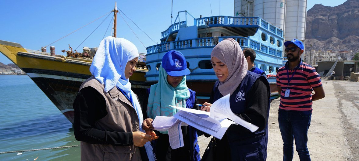 Despite the conflict, migrants from Horn of Africa countries have come to Yemen in search of a better life.  Workers from the International Organization for Migration (IOM)  supervise Somali returnees as they board an IOM boat before departing Aden port, Yemen, on an overnight voyage to Bosaso in northern Somalia. (November 2018)