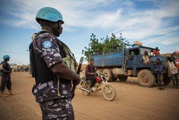 पूर्वोत्तर माली में गश्त लगाते यूएन शान्तिरक्षक.