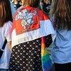 В числе жителей Беларуси, вышедших на улицы в знак протеста против результатов президентских выборов, много женщин.