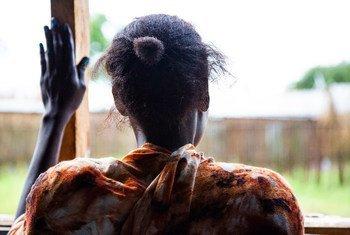 संयुक्त राष्ट्र जनसंख्या कोशष (UNFPA) की 2021 की एक रिपोर्ट के अनुसार, दुनिया भर में, लगभग आधी महिलाएँ अपने शरीरों पर ख़ुद के अधिकारों से वंचित हैं.