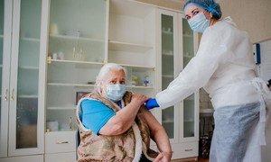 Для Ольги Антонюк вакцинация означает конец «карантинному заточению» длиною более чем в год.