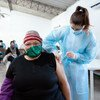 कोविड-19 की वैक्सीन्स का टीकाकरण शुरू होने के छह महीने बाद, लगभग 70 प्रतिशत आबादी को दूसरे टीके लग गए हैं.