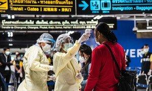 Les scanners de température dans les aéroports aident à prévenir la propagation de la Covid-19