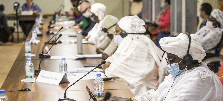 Women leaders in Mali meet the UN Deputy Secretary-General, Amina Mohammed.