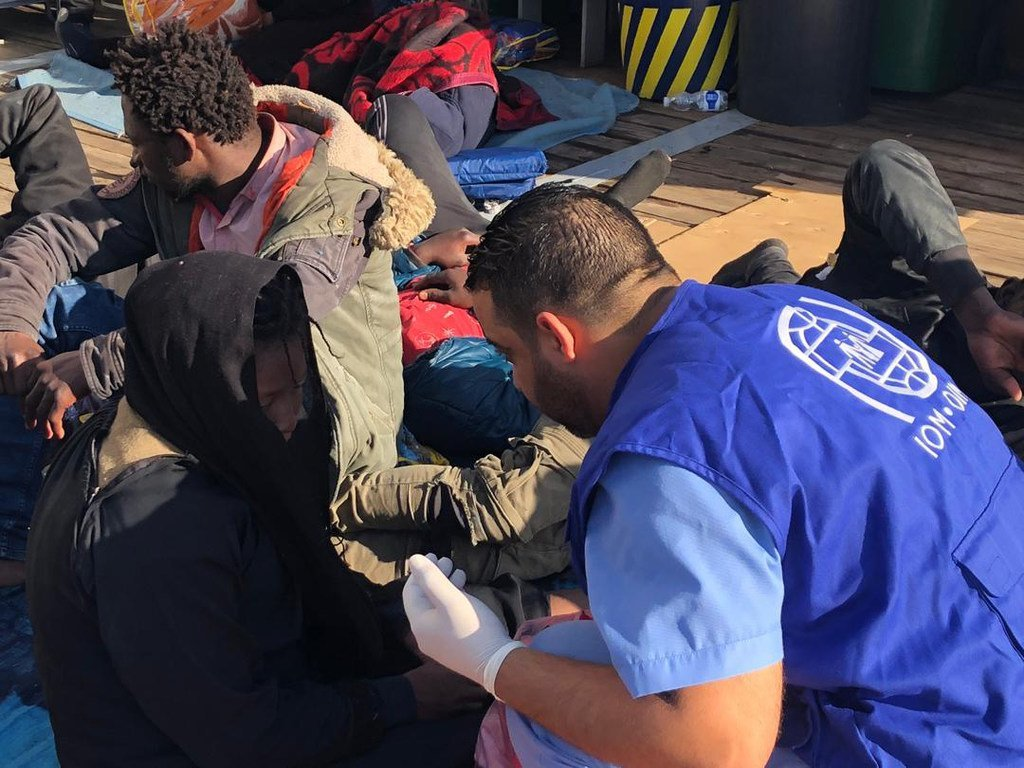 المنظمة الدولية للهجرة تقدم المساعدة للمهاجرين الذين أعيدوا إلى ليبيا بعد محاولتهم عبور المتوسط إلى أوروبا