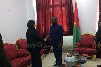 Rosemary Di Carlo manteve encontro com o presidente cessante da Guiné-Bissau, José Mário Vaz.
