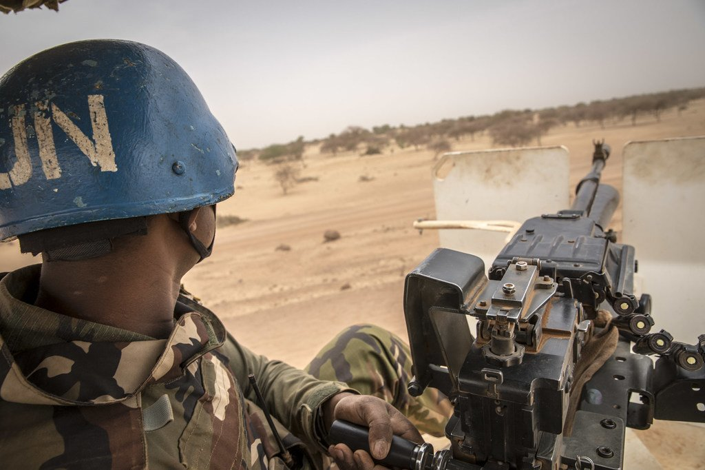 Des Casques bleus de la MINUSMA en patrouille dans le nord du Mali. Quatre d'entre eux ont été tués dans une attaque le 13 janvier dans la région de Tombouctou.