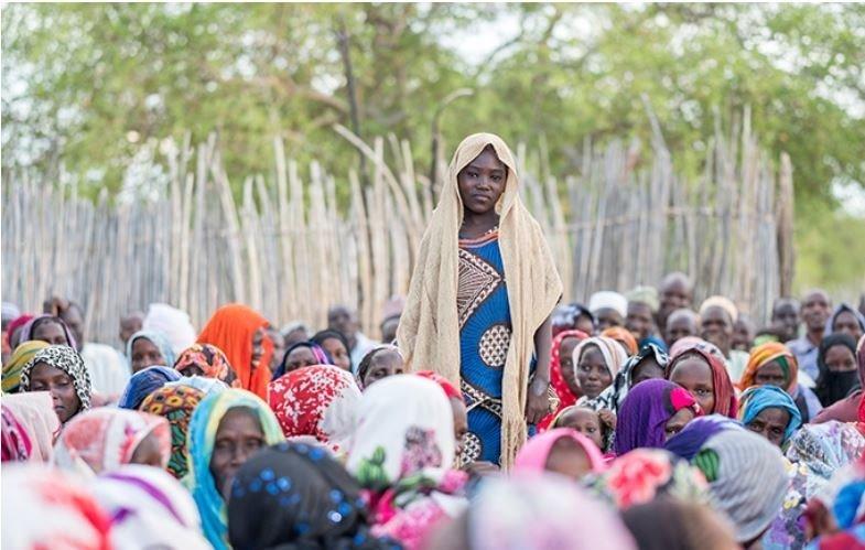 Amaboua anahudhuria vipindi kuhusu athari za ndoa za ututoni kwenye jamii yake nchini Chad.